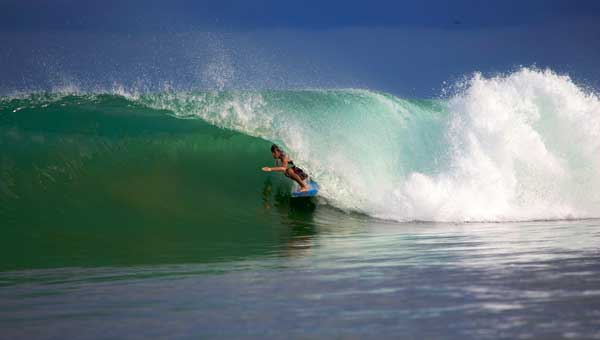 Sumatran Surfariis Guides